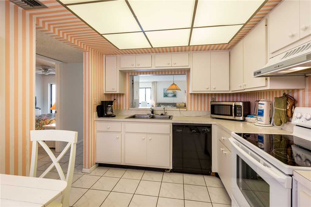 Sandarac A702 Elevator 3 Bedrooms Gulf Front Heated Pool Sleeps 6 Condo rental in Sandarac in Fort Myers Beach Florida - #10