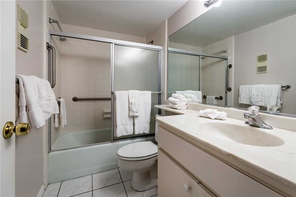 Sandarac A702 Elevator 3 Bedrooms Gulf Front Heated Pool Sleeps 6 Condo rental in Sandarac in Fort Myers Beach Florida - #12