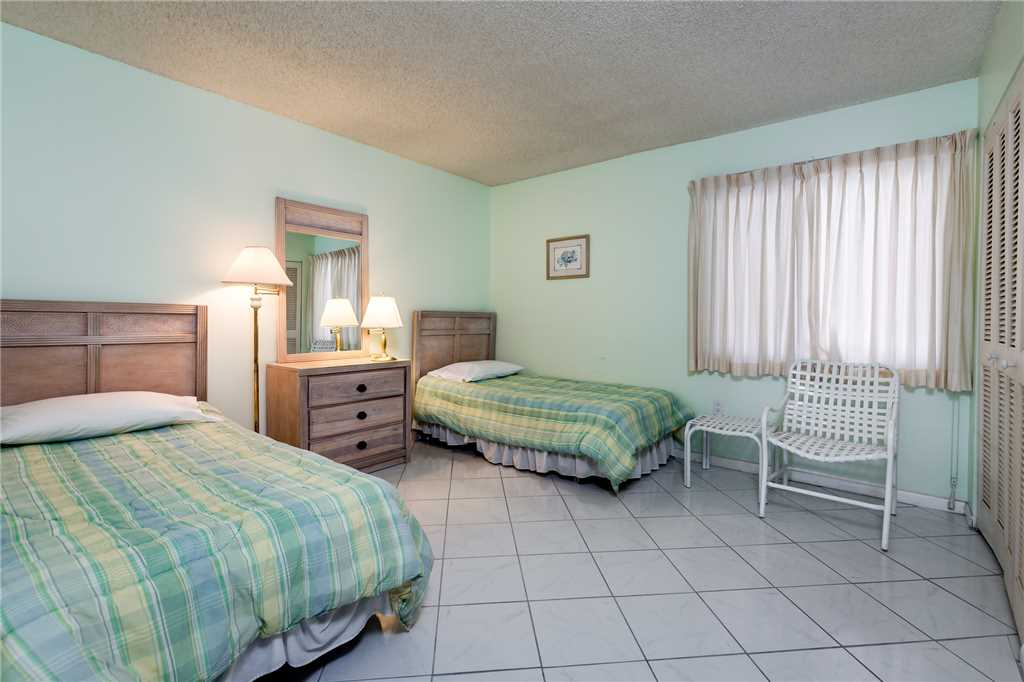 Sandarac A702 Elevator 3 Bedrooms Gulf Front Heated Pool Sleeps 6 Condo rental in Sandarac in Fort Myers Beach Florida - #16