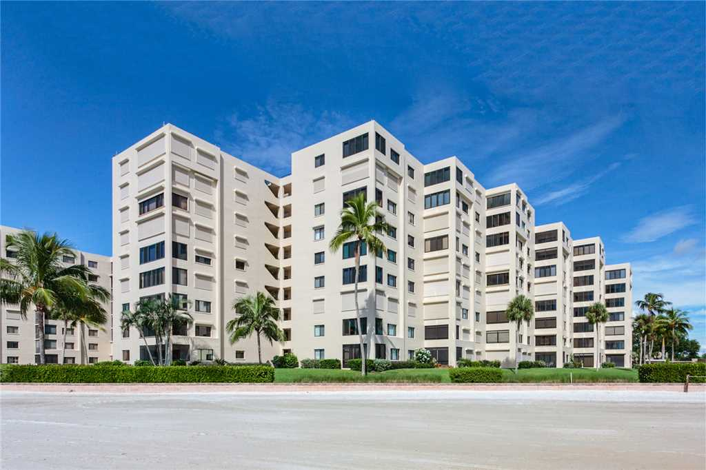 Sandarac A702 Elevator 3 Bedrooms Gulf Front Heated Pool Sleeps 6 Condo rental in Sandarac in Fort Myers Beach Florida - #21