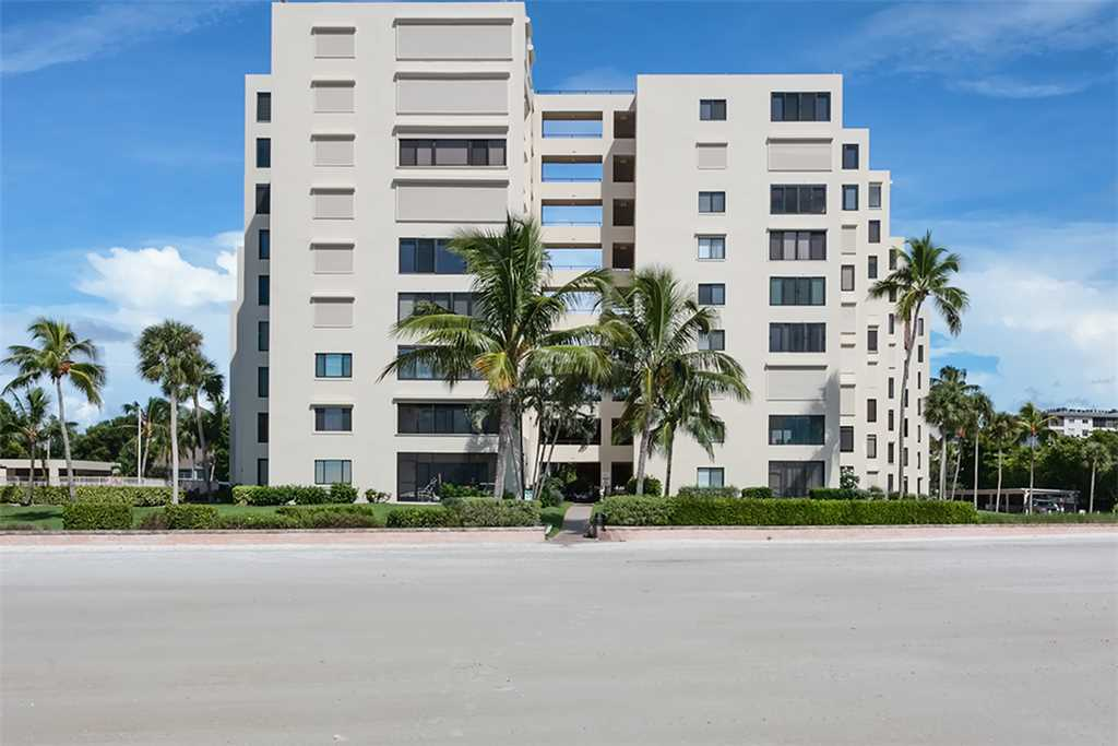 Sandarac A702 Elevator 3 Bedrooms Gulf Front Heated Pool Sleeps 6 Condo rental in Sandarac in Fort Myers Beach Florida - #26