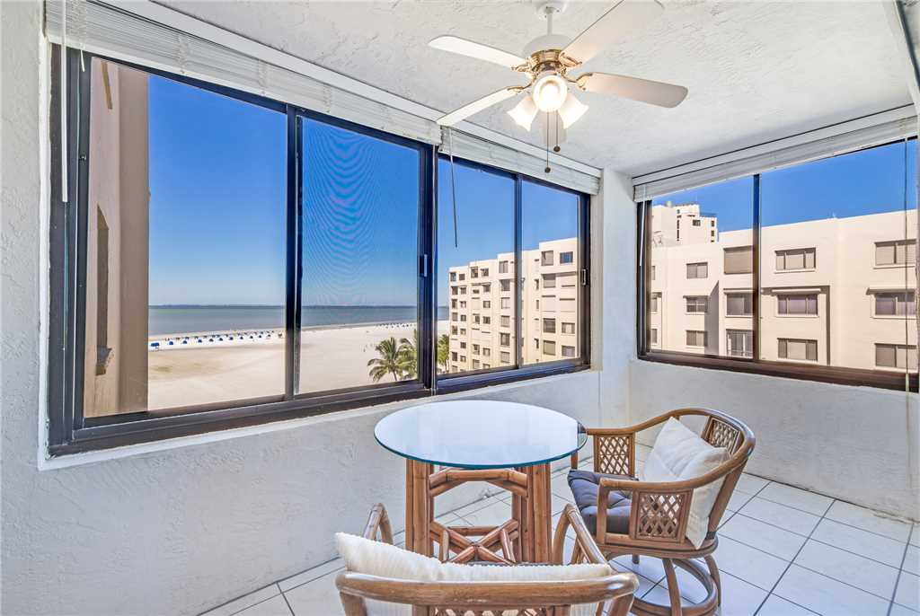 Sandarac A703 2 Bedrooms Heated Pool Gulf Front Elevator Sleeps 6