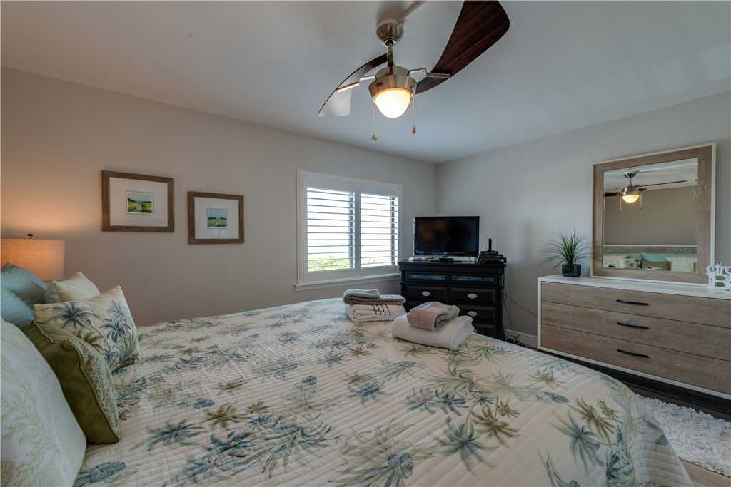 Sandarac A709 2 BedroomsSleeps 5 Gulf Front Elevator Heated Pool Condo rental in Sandarac in Fort Myers Beach Florida - #14