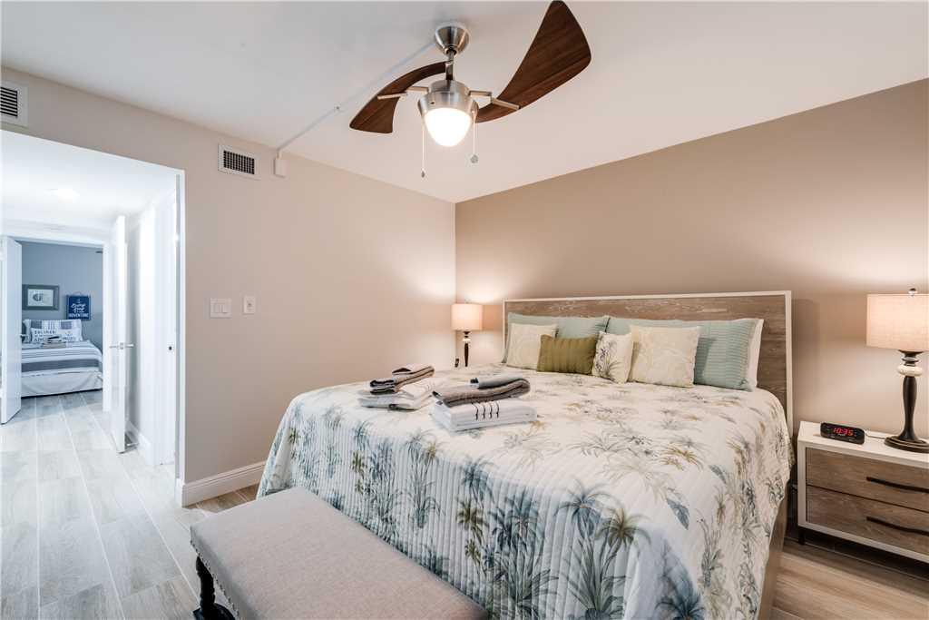 Sandarac A709 2 BedroomsSleeps 5 Gulf Front Elevator Heated Pool Condo rental in Sandarac in Fort Myers Beach Florida - #15