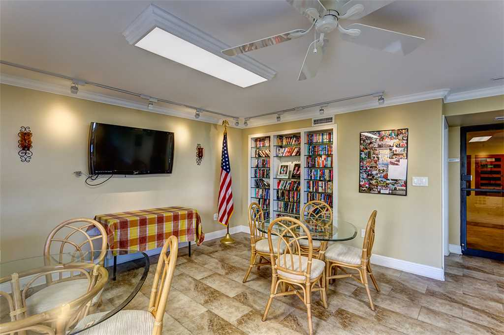 Sandarac A709 2 BedroomsSleeps 5 Gulf Front Elevator Heated Pool Condo rental in Sandarac in Fort Myers Beach Florida - #21