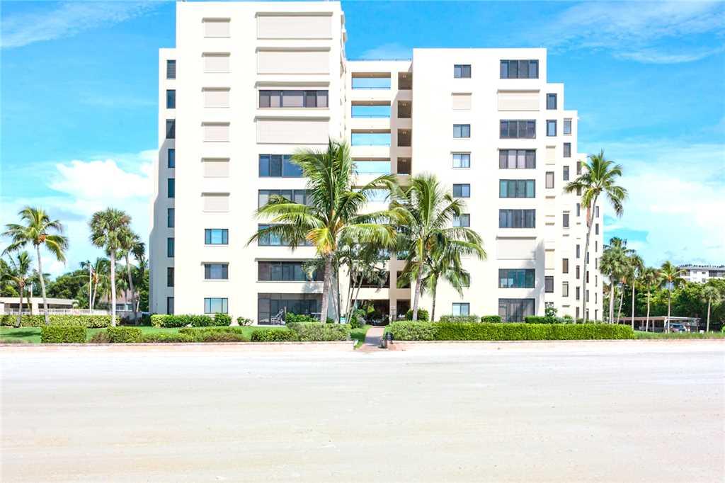 Sandarac A709 2 BedroomsSleeps 5 Gulf Front Elevator Heated Pool Condo rental in Sandarac in Fort Myers Beach Florida - #22