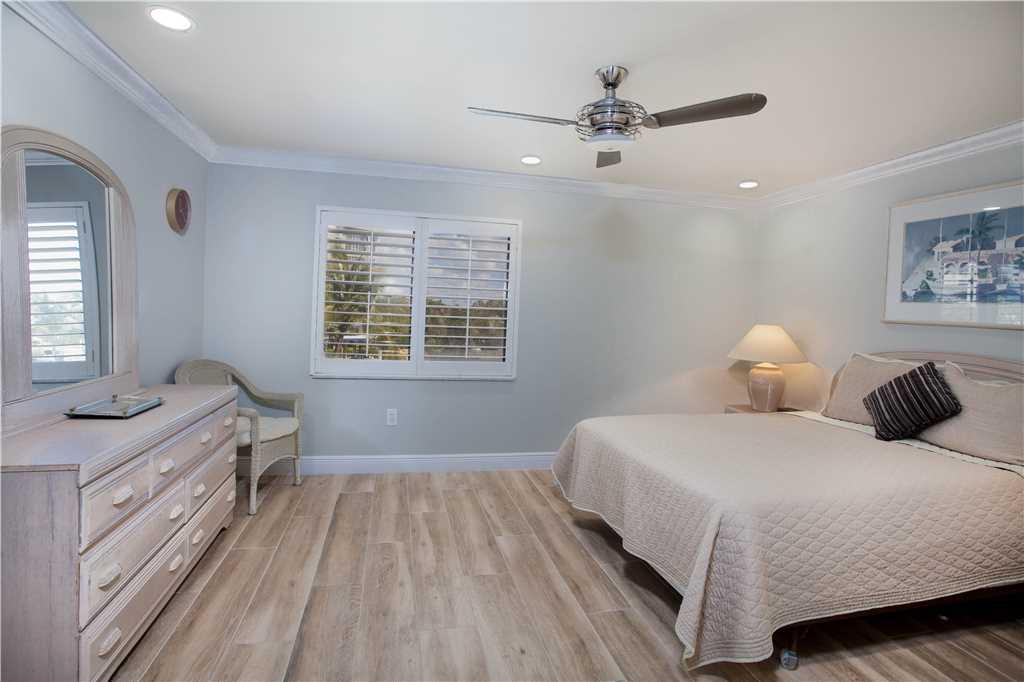 Sandarac B304 2 Bedrooms Gulf Front Elevator Heated Pool Sleeps 6 Condo rental in Sandarac in Fort Myers Beach Florida - #8