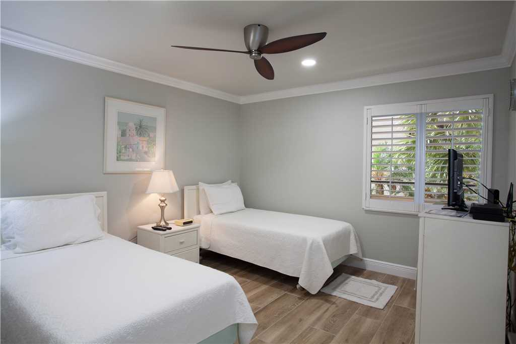 Sandarac B304 2 Bedrooms Gulf Front Elevator Heated Pool Sleeps 6 Condo rental in Sandarac in Fort Myers Beach Florida - #11