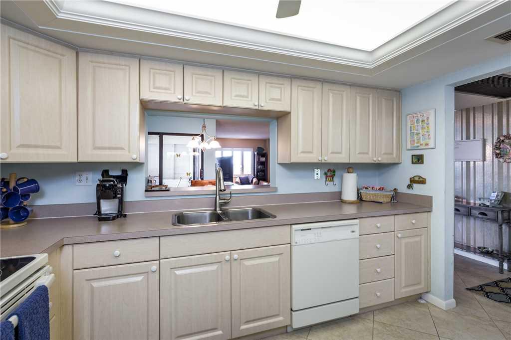 Sandarac B503 2 Bedrooms Gulf Front Elevator Pool WiFi Sleeps 4 Condo rental in Sandarac in Fort Myers Beach Florida - #9