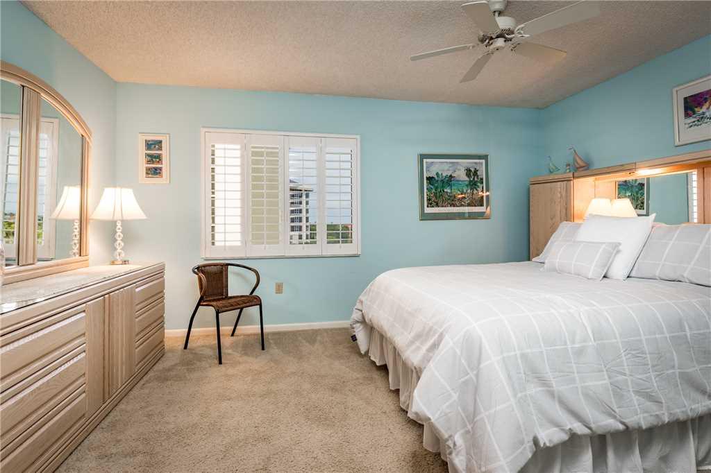 Sandarac B503 2 Bedrooms Gulf Front Elevator Pool WiFi Sleeps 4 Condo rental in Sandarac in Fort Myers Beach Florida - #11
