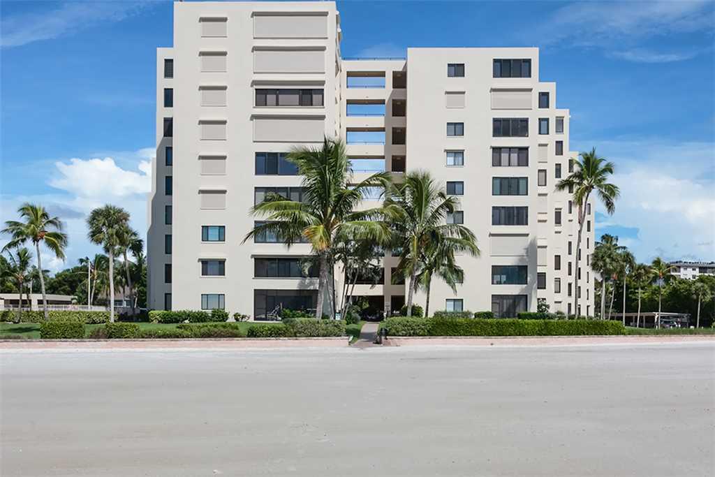 Sandarac B503 2 Bedrooms Gulf Front Elevator Pool WiFi Sleeps 4 Condo rental in Sandarac in Fort Myers Beach Florida - #22