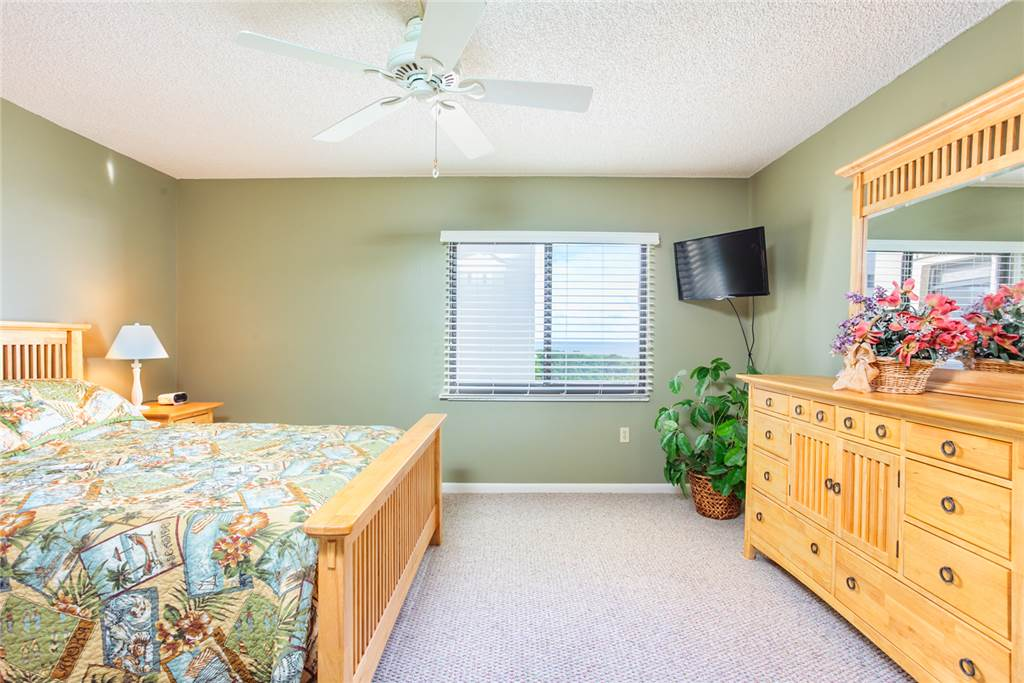 Sandarac B609 2 Bedrooms Gulf Front Elevator Heated Pool Sleeps 4 Condo rental in Sandarac in Fort Myers Beach Florida - #5