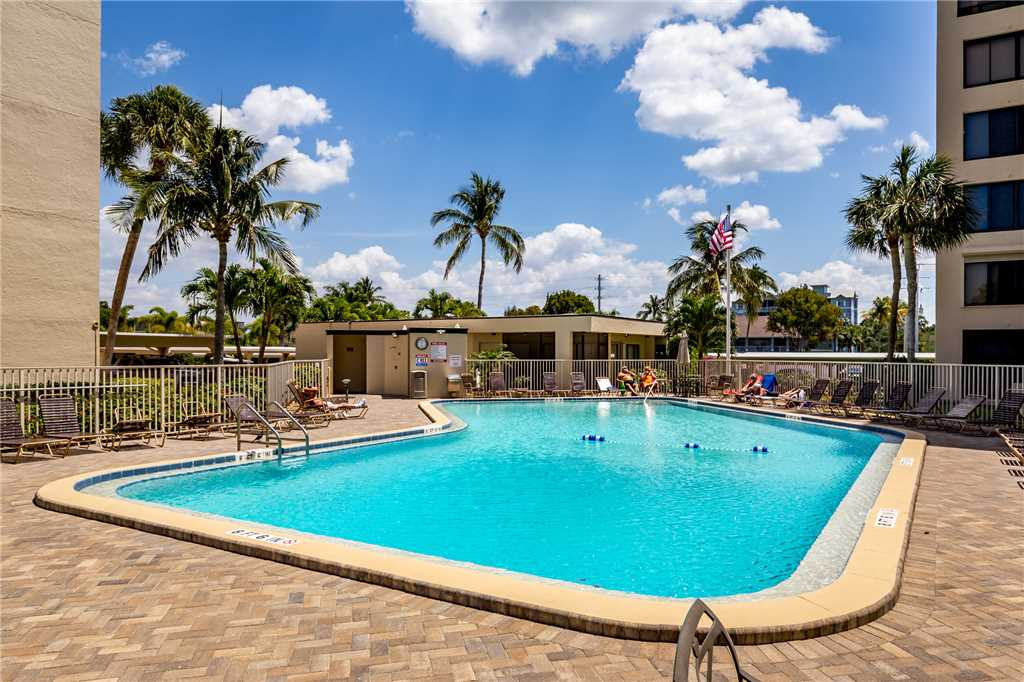 Sandarac B610 2 Bedrooms Pool Access Beach Front Sleeps 4 Condo rental in Sandarac in Fort Myers Beach Florida - #3