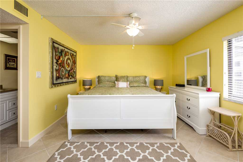 Sandarac B610 2 Bedrooms Pool Access Beach Front Sleeps 4 Condo rental in Sandarac in Fort Myers Beach Florida - #14
