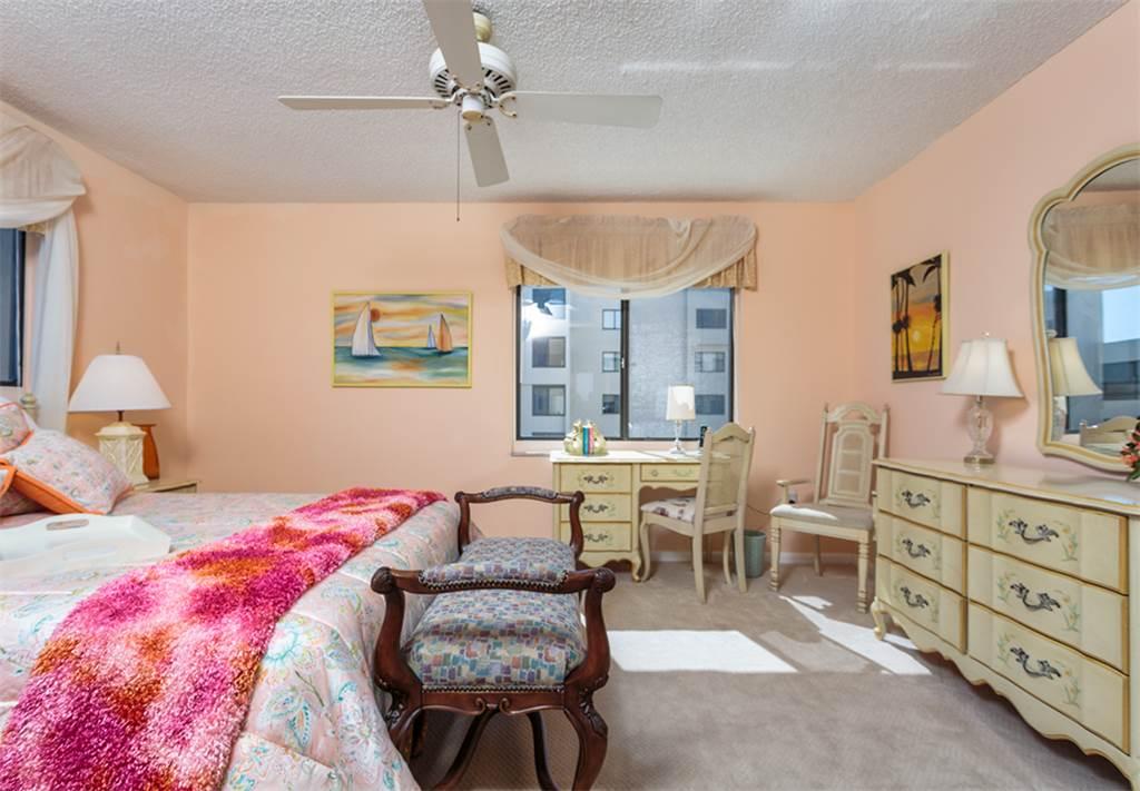Sandarac B611 2 Bedrooms Gulf Front Elevator Heated Pool Sleeps 6 Condo rental in Sandarac in Fort Myers Beach Florida - #8