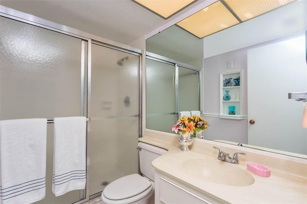 Sandarac B611 2 Bedrooms Gulf Front Elevator Heated Pool Sleeps 6 Condo rental in Sandarac in Fort Myers Beach Florida - #10