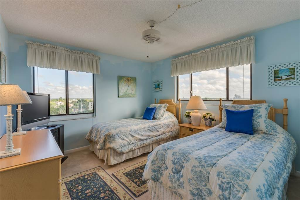 Sandarac B611 2 Bedrooms Gulf Front Elevator Heated Pool Sleeps 6 Condo rental in Sandarac in Fort Myers Beach Florida - #11