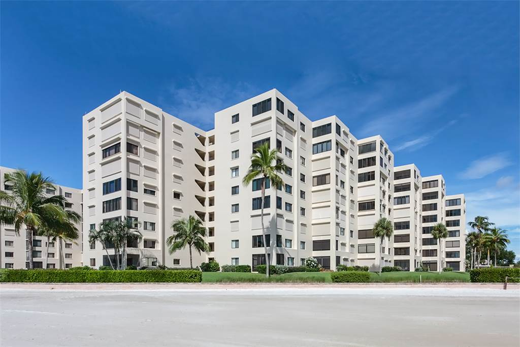 Sandarac B611 2 Bedrooms Gulf Front Elevator Heated Pool Sleeps 6 Condo rental in Sandarac in Fort Myers Beach Florida - #14