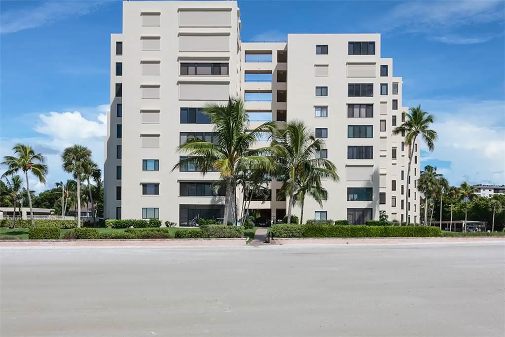 Sandarac B611 2 Bedrooms Gulf Front Elevator Heated Pool Sleeps 6 Condo rental in Sandarac in Fort Myers Beach Florida - #17