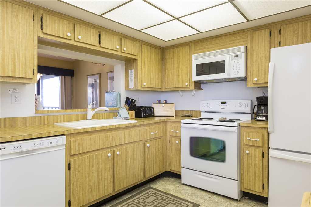 Sandarac B710 2 Bedrooms Gulf Front Elevator Heated Pool Sleeps 6 Condo rental in Sandarac in Fort Myers Beach Florida - #7