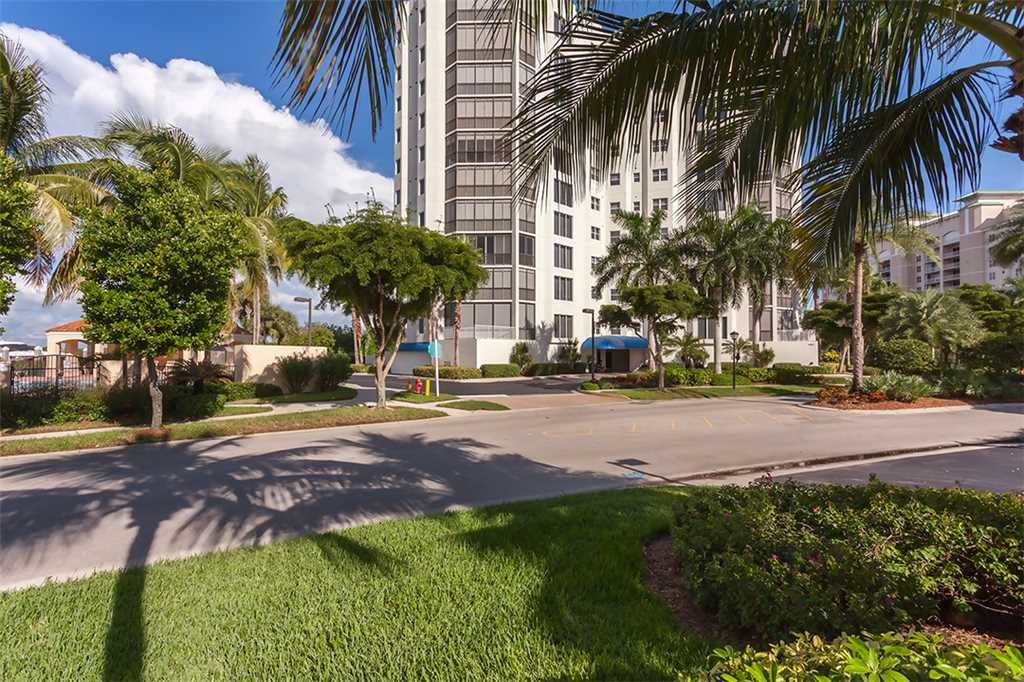 Waterside 246 3 Bedrooms 4th Floor Elevator Heated Pool Gym Sleeps 6 Condo rental in Waterside in Fort Myers Beach Florida - #20