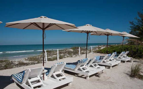 Bungalow Beach Resort
