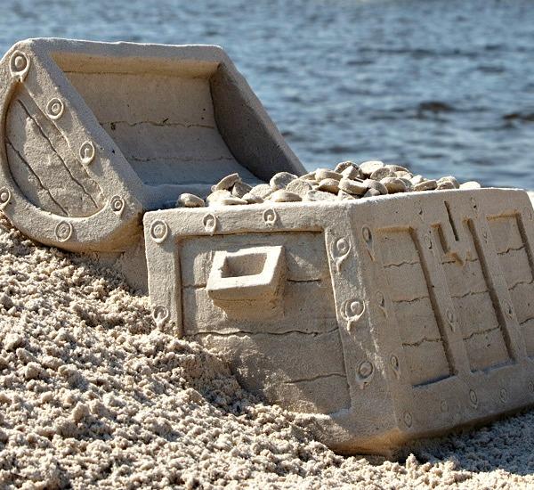 Beach Sandsculptures in Destin Florida