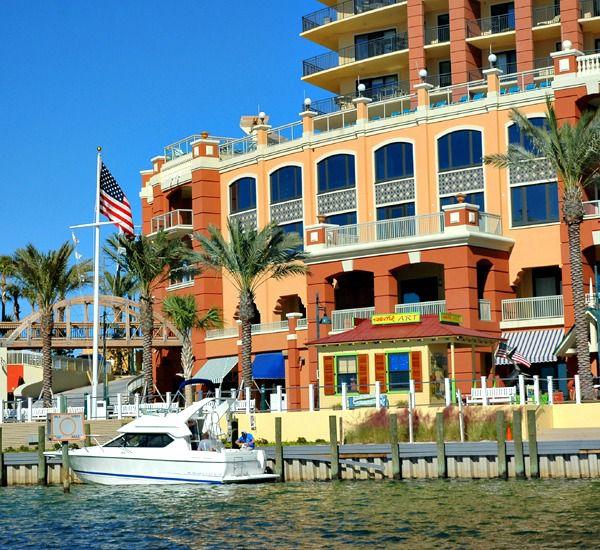 Destin-Vacation-Rentals-Emerald-Grande-8368537.jpg