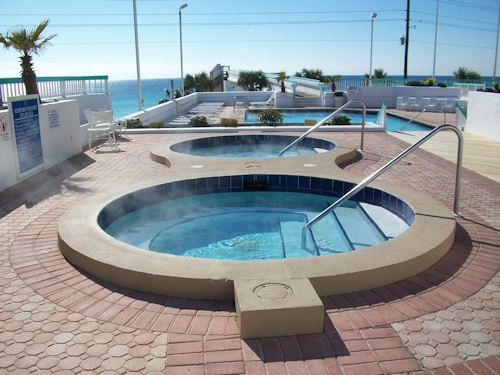 Hot tubs at Surfside Resort in Destin Florida