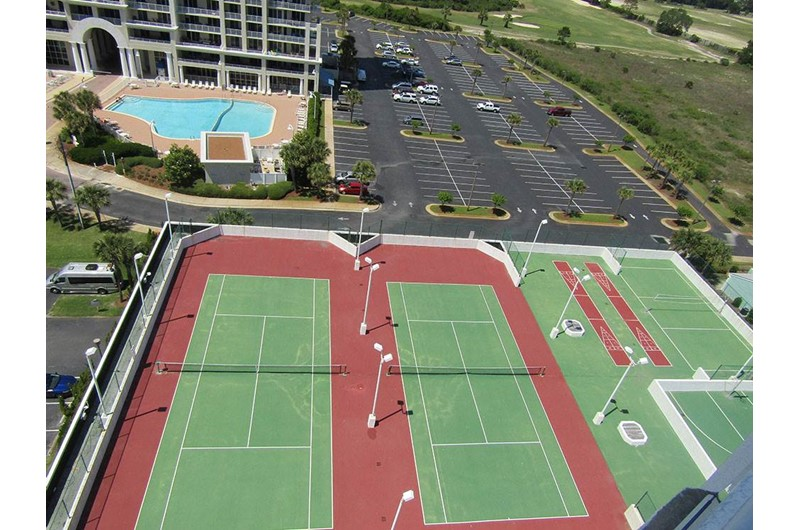 Complementary tennis courts at Surfside Resort in Destin Florida