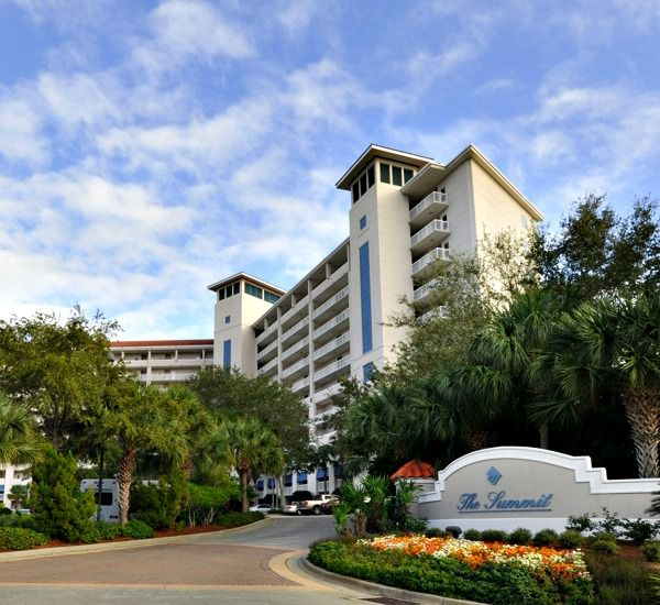 The entrance at TOPS'L Summit   in Destin Florida