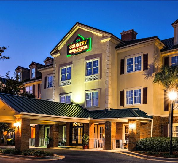 White Sands Inn & Suites