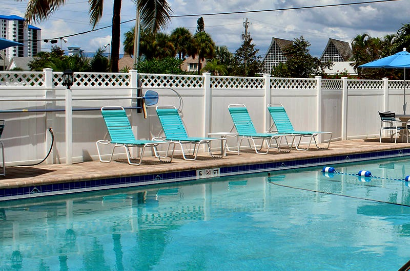 Beachside pool at Smuggler's Cove in Ft. Myers Beach FL