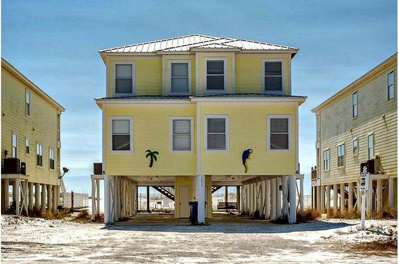 Beachfront Blue Parrot in Gulf Shores AL