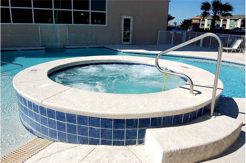 Inviting hot tub at Crystal Shores West Condos in Gulf Shores AL
