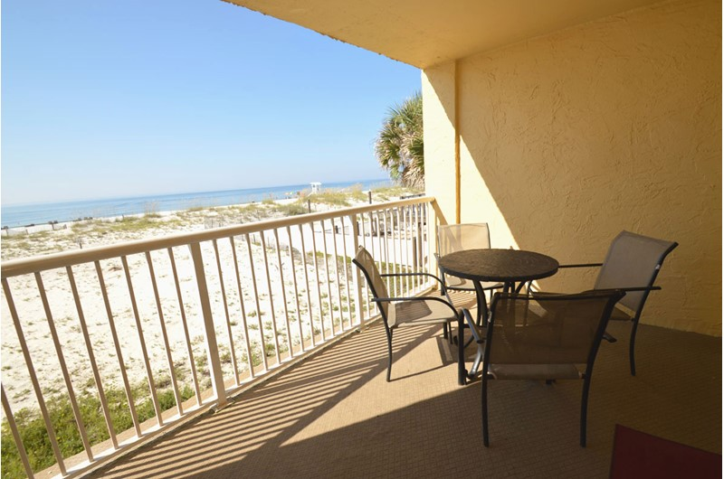 The private balconies at Driftwood Towers Gulf Shores all have spectacular beach and Gulf views.
