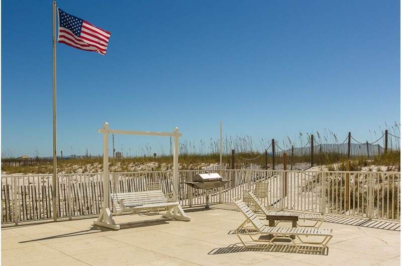 Convenient walk-over to the beach at Edgewater East in Gulf Shores AL