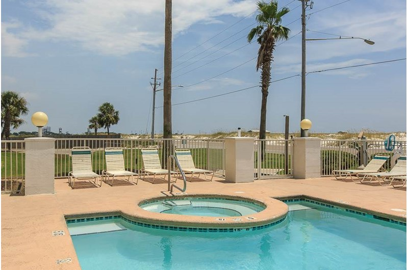 Inviting hot tub at Grand Beach in Gulf Shores Alabama