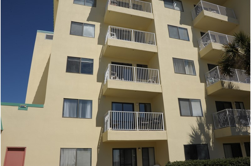 Exterior view of balconies at Gulf Shores Plantation