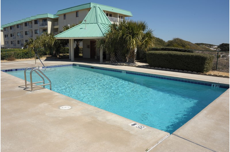 Gazebo and swimming pool at Gulf Shores Plantation