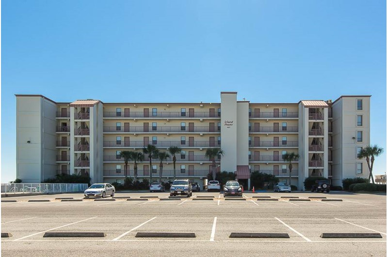 Island Shores is a nice condo and right on the beach in Gulf Shores Alabama