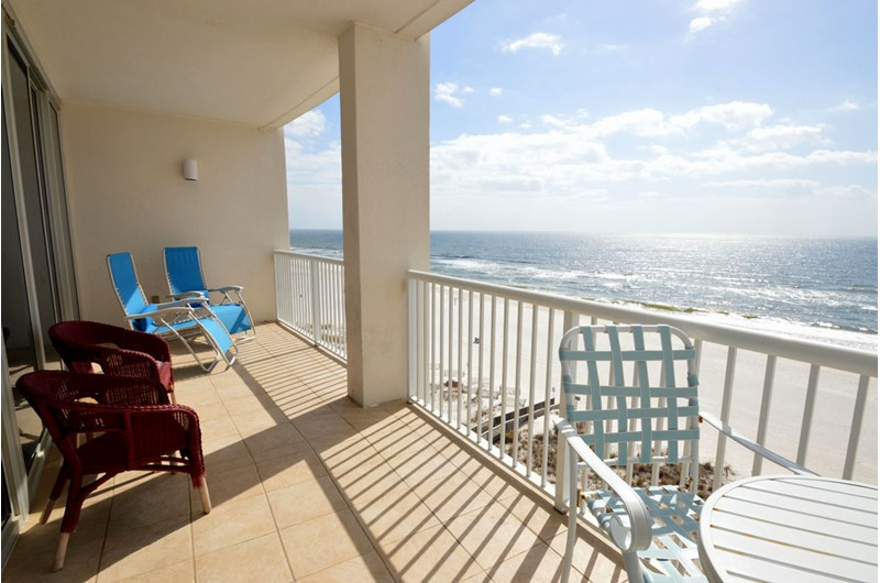 Expansive views from your balcony at Island Tower Gulf Shores