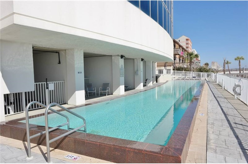 Modern pool area at Island Tower in Gulf Shores Alabama