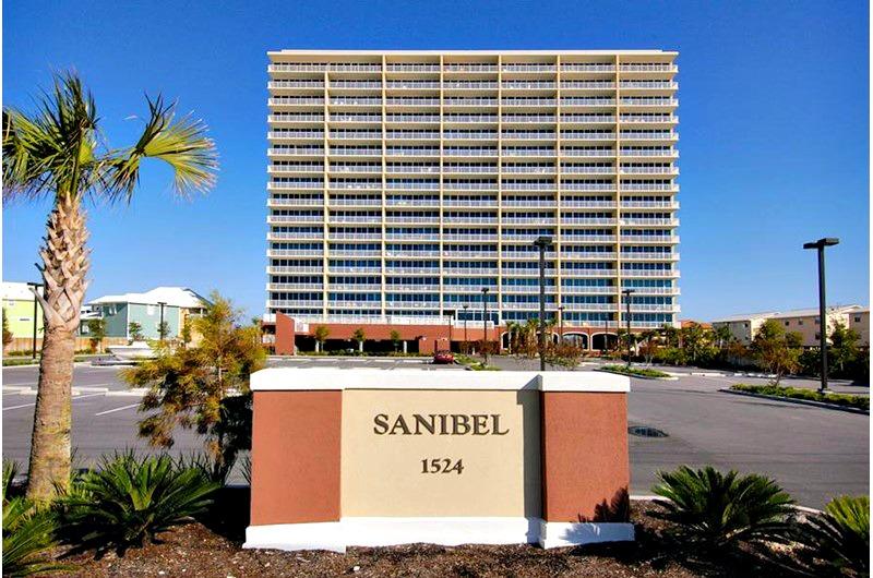 Beachside Sanibel condominiums in Gulf Shores AL
