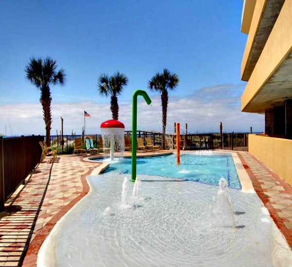 Kiddies pool at Seawind Condos in Gulf Shores AL