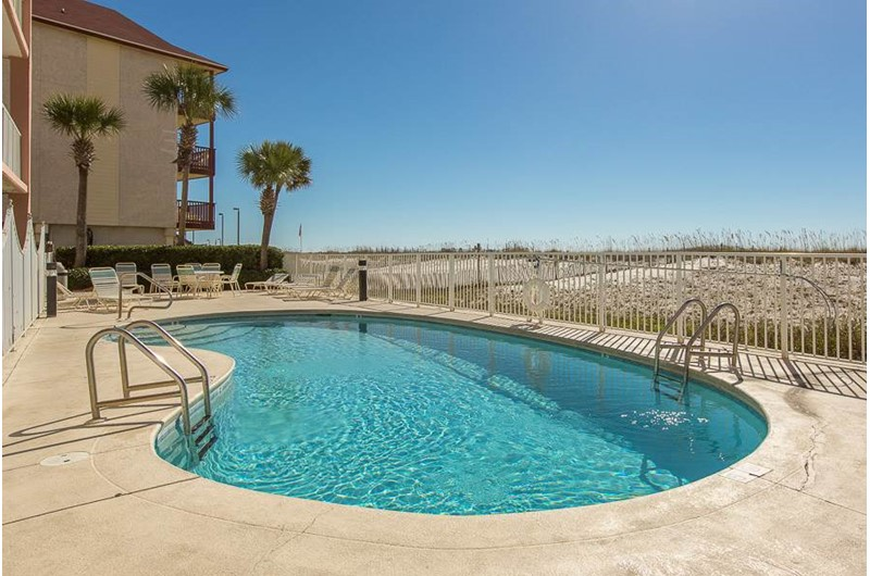 Pool at Tropic Isle in Gulf Shores Alabama