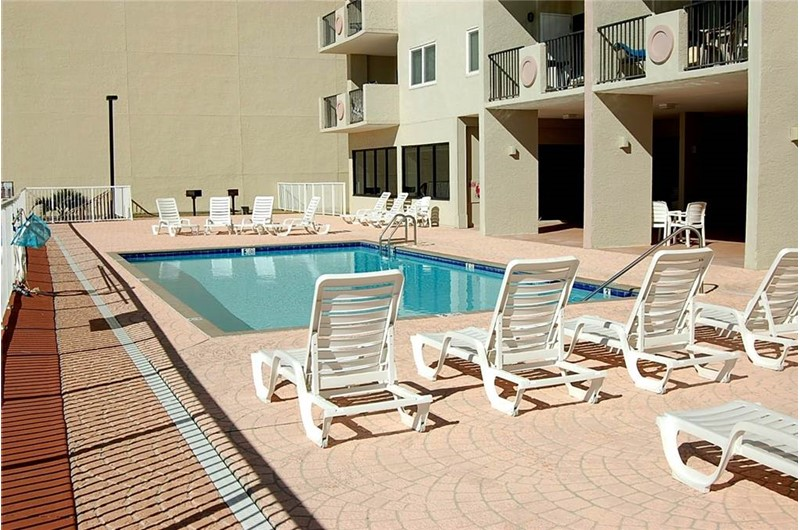 Large pool and sundeck at Tropical Winds Gulf Shores AL
