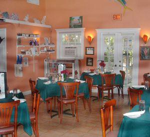 Key largo restaurants great dining options in key largo for Key largo fish market