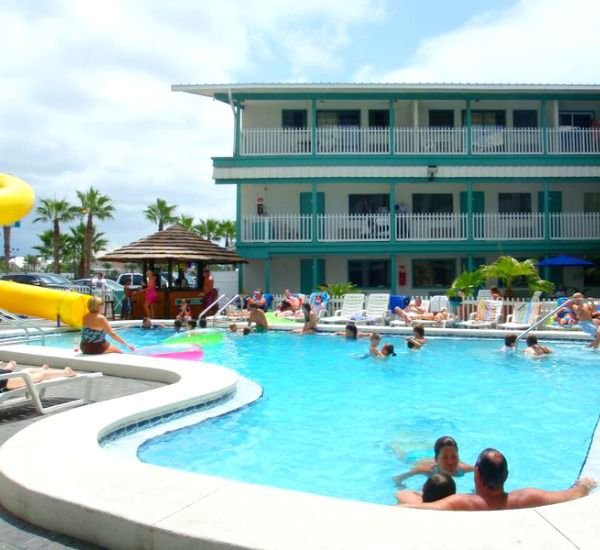 Panama-City-Beach-Vacation-Rentals-Sandpiper-Beacon-Beach-Resort-8366597.jpg