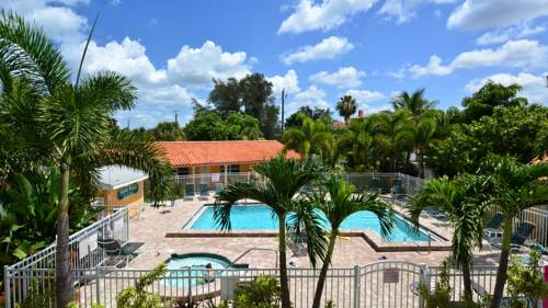 Siesta Beach Resorts And Suites